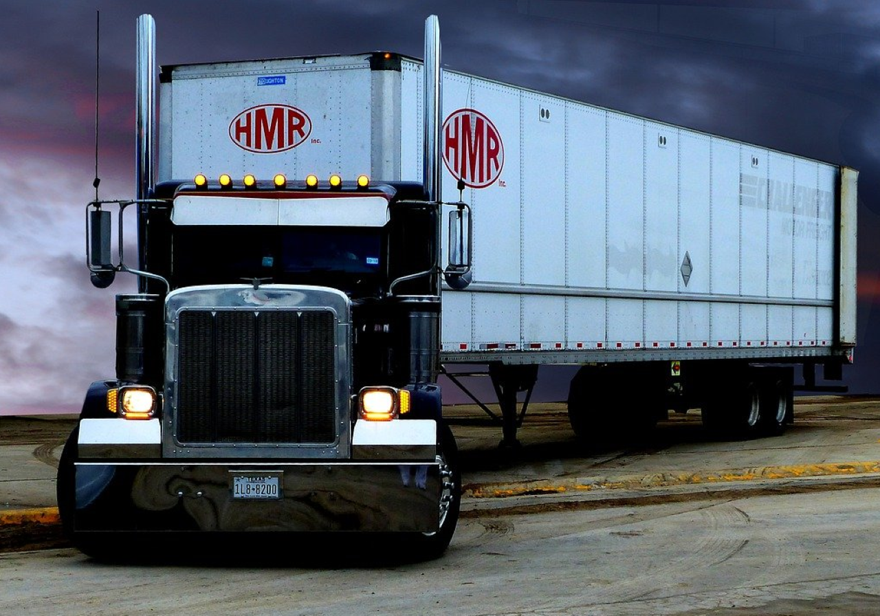 Picture of Tractor Trailer insured by MyTruckInsurance.Online